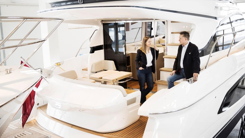 Princess Yachts i Greve Marina